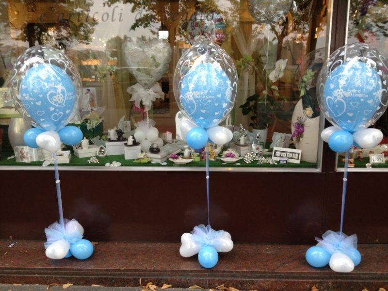 palloncini azzurri per il battesimo